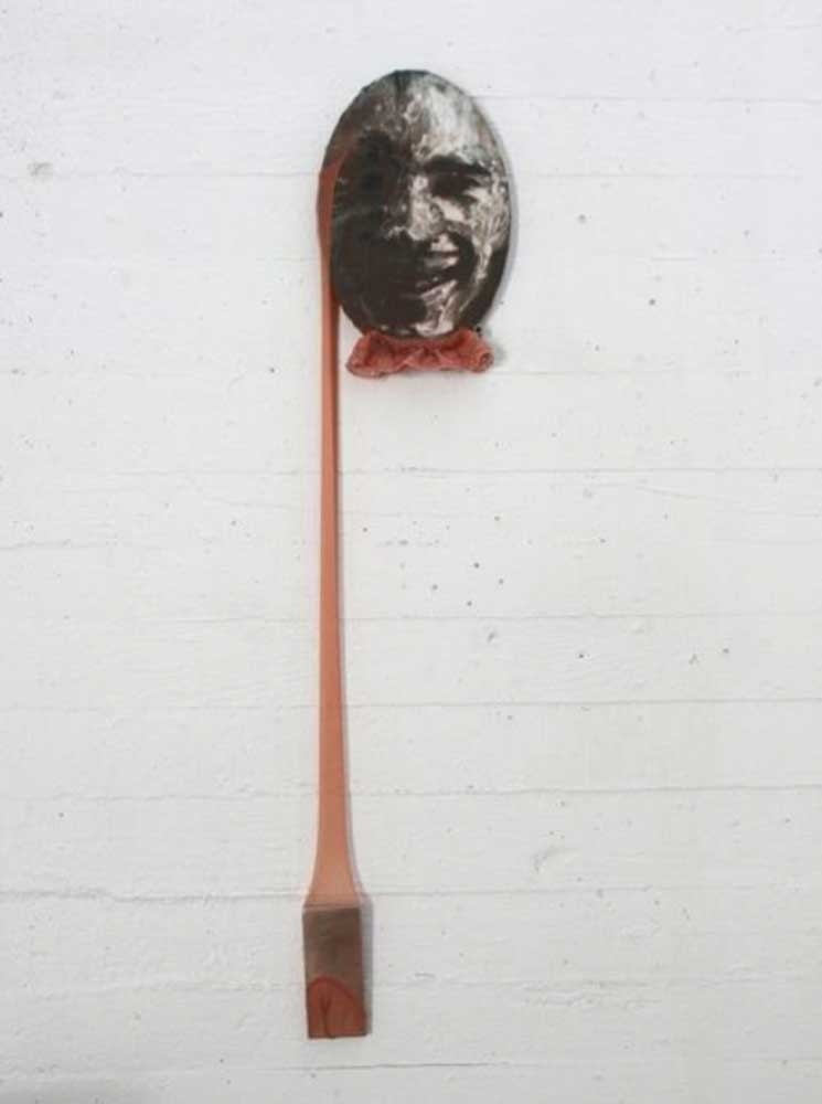 <em>Art Jacking</em>, 2011 <br>sculpture, bas nylon, impression sur toile <br>dimensions variables