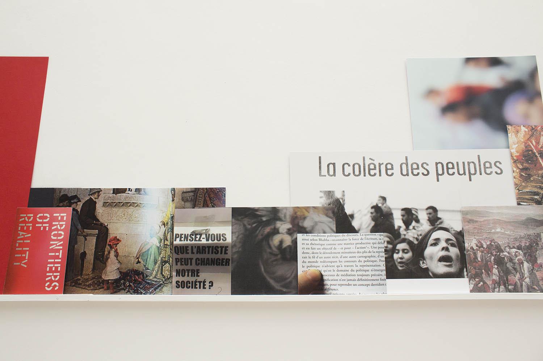 <em>Saison violente</em>, 2015 <br>installation, réglette, impressions, <br>17 x 0,3 m