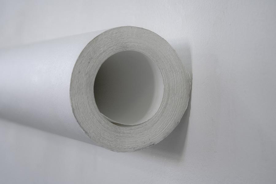 <em>Fragment</em>, 2015 <br>papier, <br>60 x 8 x 8 cm